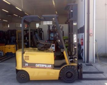 Cat Lift Truck EP25K PAC Cat Lift Truck