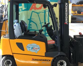 Jungheinrich EFG320 Jungheinrich