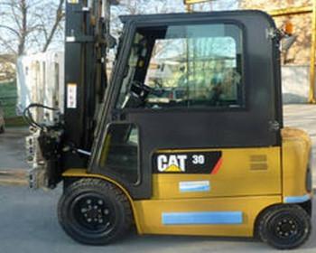 Cat Lift Truck  Vendita Muletto Elettrico Usato CAT EP 30 K Pac Matr.ETB9C01253  Cat Lift Truck