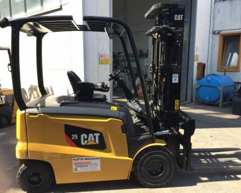 Cat Lift Truck EP25CN Cat Lift Truck