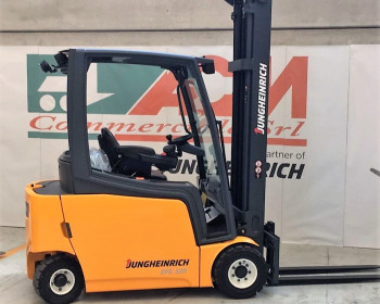 Jungheinrich EFG 320 Jungheinrich