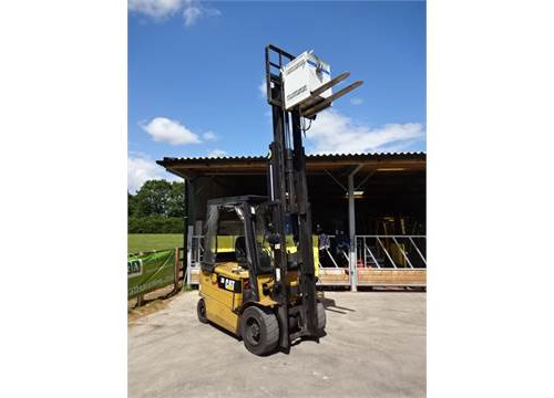 Cat Lift Truck EP30KPAC