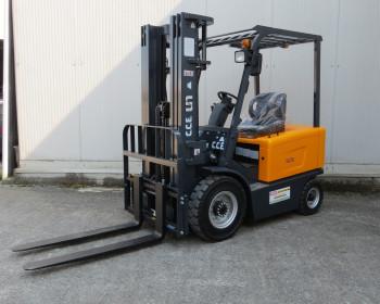 UN Forklift FB25 CARRELLO ELEVATORE UN Forklift