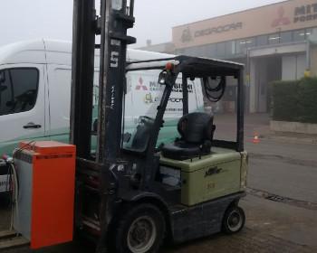 UN Forklift FB25-FAZ1 UN Forklift