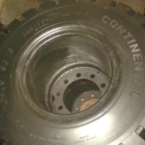 Continental 23x9x10
